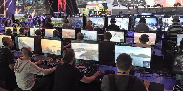 Netradičný finančný poradca: Profesionálni videohráči nevedia ako minúť svoje horibilné príjmy