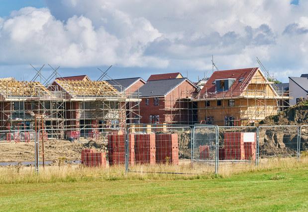 Nová daň z neživotného poistenia hypotéky nezdraží