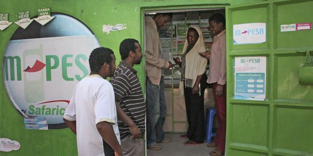 Z SMS platformy je dnes globálna mobilná peňažná služba
