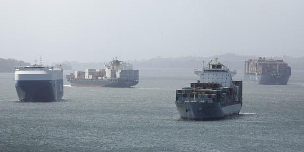 V znamení obrovskej obchodnej nerovnováhy: Prečo sa 45 % prepravných lodí plaví na prázdno