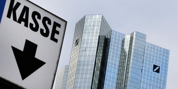 Dve najväčšie nemecké banky chystajú zlúčenie, odborári bijú na poplach