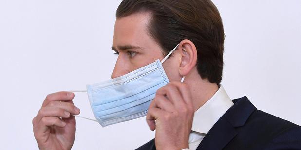 Pekne pomaly: Európske krajiny začínajú uvoľňovať opatrenia na boj s koronavírusom