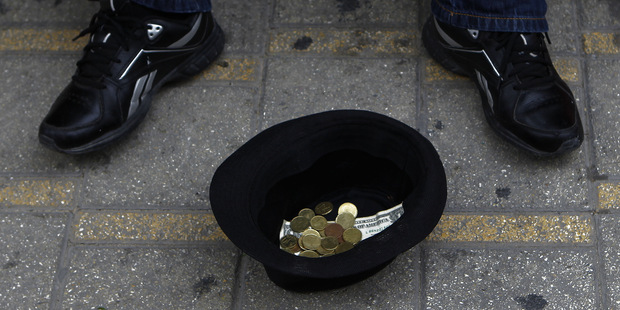 Priemerná mzda na Slovensku je 3,4 krát nižšia ako priemer EÚ