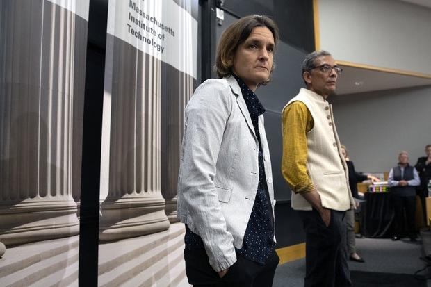 Nobelova cena za ekonómiu 2019: Prečo ju získalo práve trio Banerjee, Duflová, Kremer