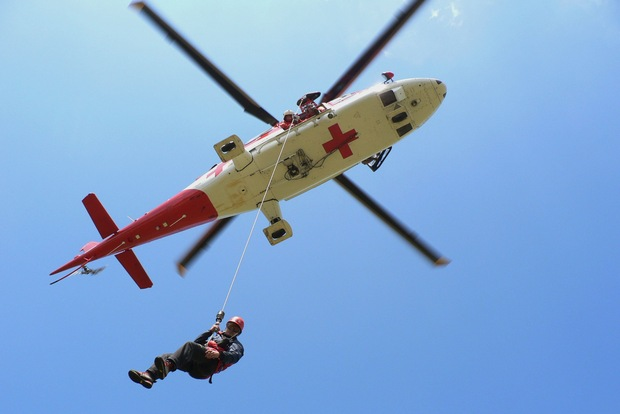 Nebezpečná nezodpovednosť: Mali by mali turisti zaplatiť za svoju záchranu?