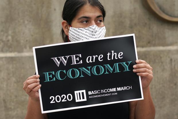 Dvojité narušenie: Až 800 miliónov pracovných miest ohrozuje robotizácia a pandémia