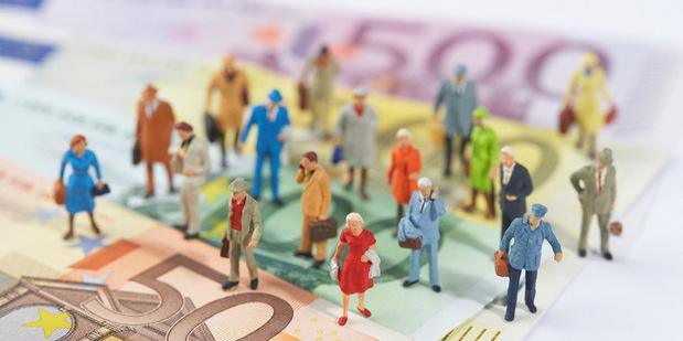 Štyria jazdci ekonokalypsy: Ak chceme vedieť modelovať vývoj ekonomiky, potrebujeme užitočnú a politicky relevantnú spoločenskú vedu