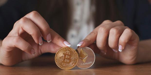 Všetky globálne meny sa raz stanú kryptomenami