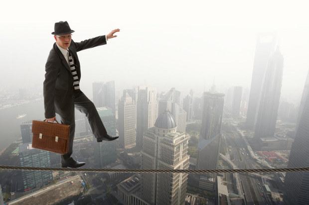 Keď začínate poškuľovať po akciách: Klady a zápory alternatívnych investícií